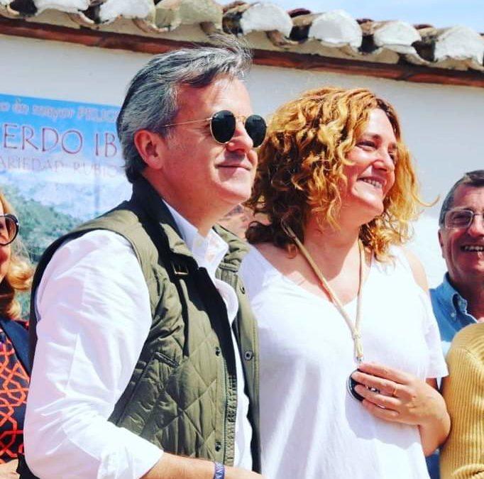 Esperanza Peláez recibe la Medalla de la Academia Gastronómica de Málaga