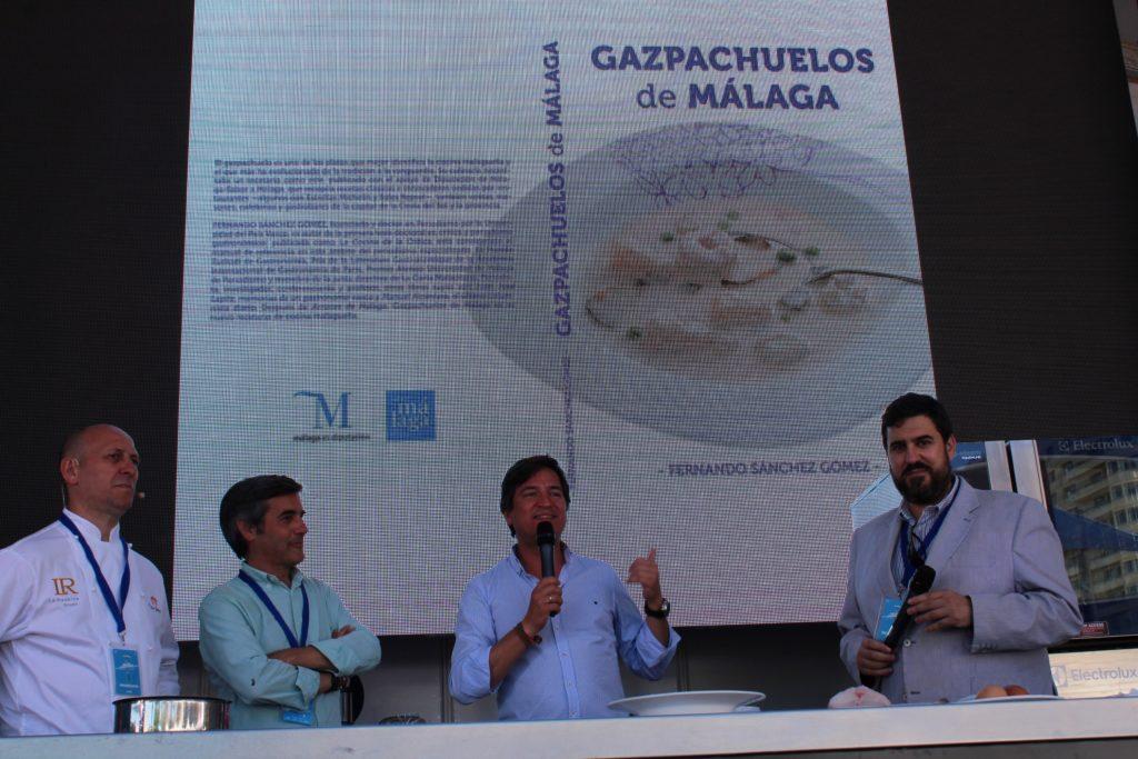 Juan Jesús Bernal, diputado de Sabor a Málaga en un momento de la ponencia